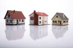 Ein Haus für Verkauf. Lizenzfreie Stockfotos