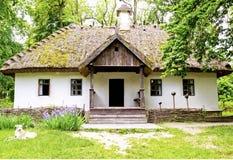 Ein Haus ist in der ukrainischen Art Lizenzfreies Stockbild