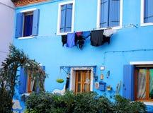 Ein Haus völlig der lila Farbe in Bereich Italien Burano Venedig Stockfotos
