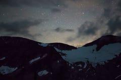 Ein heller nächtlicher Himmel Stockfotos