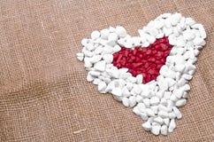 Ein Herz innerhalb eines Herzens Stockbilder