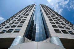 Ein Himmel-scrapper in Singapur Stockbilder