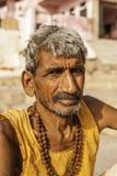 Ein hinduistischer Mönch in Varanasi Stockbild