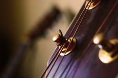 Ein Hintergrund einer Gitarre stockfoto