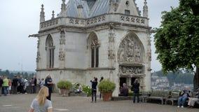Ein historisches Gebäude in Loire Valley Frankreich stock video