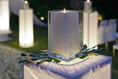 Ein Hochzeitsempfang verziert mit Kerzen Stockfotografie