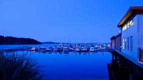Ein Jachthafen und ein Restaurant Stockfotografie