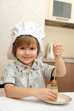 Ein Junge mit Potenziometer Honig Stockbilder