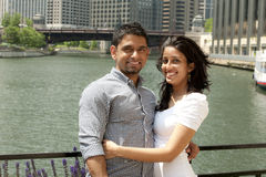 Ein junges glückliches Paar stockfoto