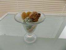 Ein köstliches gehackt von der Eiscreme lizenzfreie stockfotos