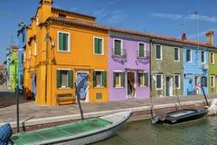 Ein Kanal in Burano Lizenzfreies Stockbild