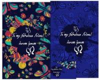 Ein Kartenstapel mit Schmetterling und Blume Stilvolle Beschriftung für Grüße Lizenzfreie Stockbilder