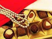 Ein Kasten Schokoladen als Geschenk Stockbild