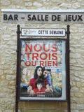 Ein Kinoplakat in der Landschaft von Frankreich Stockfotos
