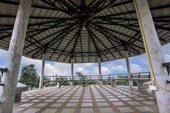 Ein Klassischer Pavillon Auf Naturlandschaft Naturlandschaftsideen  Landschaft, Garten, Schön, Pavillon, Hinterhof,