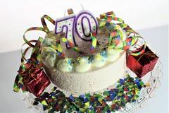 Ein Konzeptbild eines Geburtstagskuchens - Geburtstag 70 Stockfoto