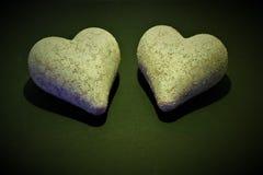 Ein Konzeptbild von zwei Herzen - mit Kopienraum lizenzfreies stockfoto
