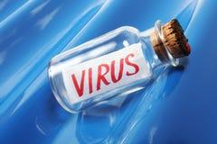 Ein künstlerisches Konzept einer Mitteilung in einer Flasche, die Virus sagt Stockbild