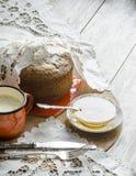 Ein Kuchen gemacht vom Maismehl. Retrostil. Lizenzfreies Stockfoto