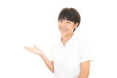 Ein lächelndes jugendlich Mädchen Lizenzfreie Stockfotos