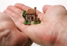 Ein Landhaus auf den Händen
