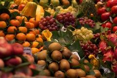 Ein Lebensmittelmarkt in Barcelona Lizenzfreies Stockbild
