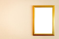 Ein leerer Bilderrahmen, der an der Wand hängt Stockbilder