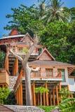 Ein luxuriöser Erholungsort in Phi Phi Island, eine tropische Thailand-Insel Lizenzfreies Stockfoto