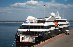 Ein LuxuxKreuzschiff stockfotografie