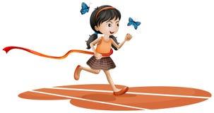 Ein Mädchen, das mit zwei blauen Schmetterlingen läuft Lizenzfreie Stockfotografie