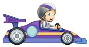 Ein Mädchen in einem Rennwagen stock abbildung