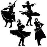 Ein Mädchen spinnt auf das Stadium im Tanz Lizenzfreies Stockfoto