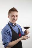 Ein Mann mit einem Glas Lizenzfreie Stockfotos