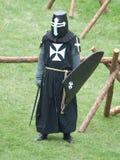 Ein mittelalterlicher Ritter, wartend Lizenzfreie Stockfotografie