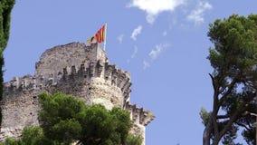 Ein mittelalterliches Schloss in Provence stock video