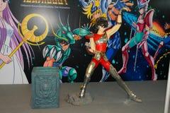 Ein Modell des Charakter Heiligen Seiya von den Filmen und von den Comics Stockfotos