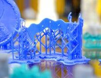 Ein Modell eines blauen photopolymer Materials geschaffen auf einem Drucker 3d Stockfotos