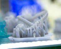 Ein Modell eines blauen photopolymer Materials geschaffen auf einem Drucker 3d Lizenzfreie Stockbilder