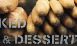 Ein modisches Bäckereishopkonzept lizenzfreie stockbilder