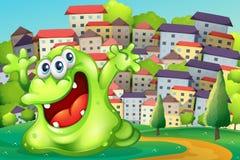 Ein Monster, das nach Freude am Gipfel über dem hohen buildi schreit Stockbild