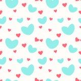 Ein nahtloses Muster mit unterschiedlicher Minze und rosa Herzen stock abbildung