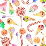 Ein nahtloses süßes Muster mit dem Aquarelllutscher, der Zuckerstange, der Eiscreme, den Muffins und dem anderen Von Hand gezeich Stockfotos