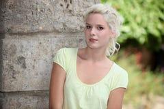 Ein nettes blondes Modell Lizenzfreie Stockfotos