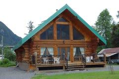 Ein neu-erbautes Blockhaus Lizenzfreies Stockbild