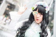 Ein nicht identifizierter japanischer Anime cosplay an der zentralen Welt in Thail stockfoto