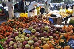 Ein Obst und Gemüse ein Markt in Hammamet stockbilder