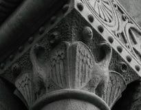Ein paar Adler, die Flügel stehen, um zu beflügeln Stockfoto