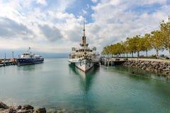 Ein Paddeldampfer, ein einzigartiges und modernes wieder hergestelltes Dampfschiff als comm lizenzfreie stockfotos