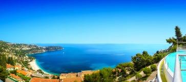 Ein Panoramablick der Golfe-Bleu-Bucht Lizenzfreie Stockfotos