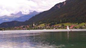 Ein Panoramablick von Weissensee, Österreich stock video footage